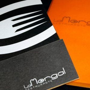 Diseño y maquetación de la invitación de inauguración del restaurante La Morgal