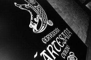 diseño de logotipo para cervecería LÁrtesana